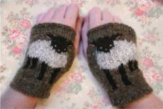 Baby Lamb Cuffs Mitts Kit